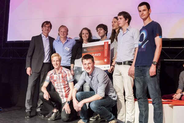 Formauto wint de duurzaamheidsprijs binnen de BrainsAward (foto (c) BrainsAward, Hans de Hing)