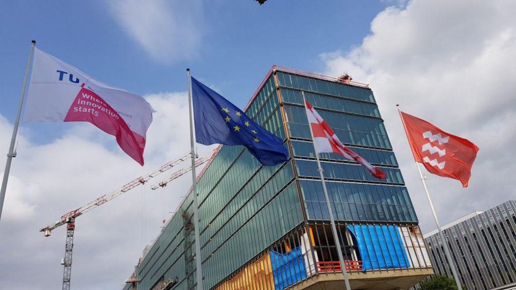 TU Eindhoven vlaggen