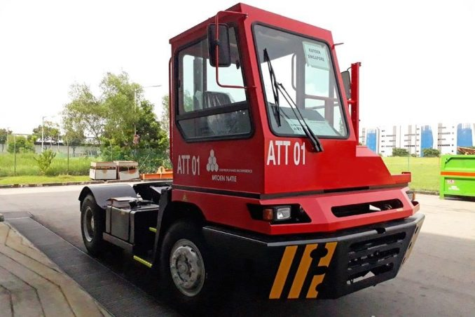 Chauffeurloze truck Katoen Natie VDL