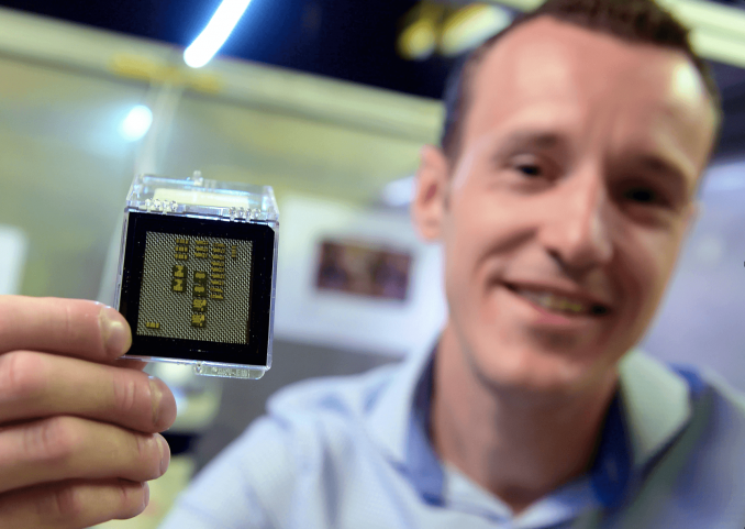 Joost Verberk EFFECT Photonics chips