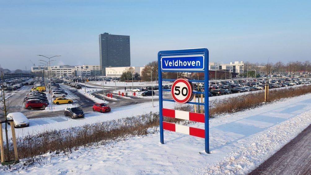 ASML sneeuw Veldhoven