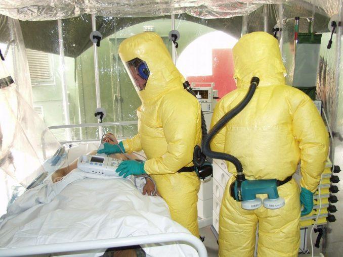 Isolation bei Ebola (c) B. Hossfeld - Pixabay