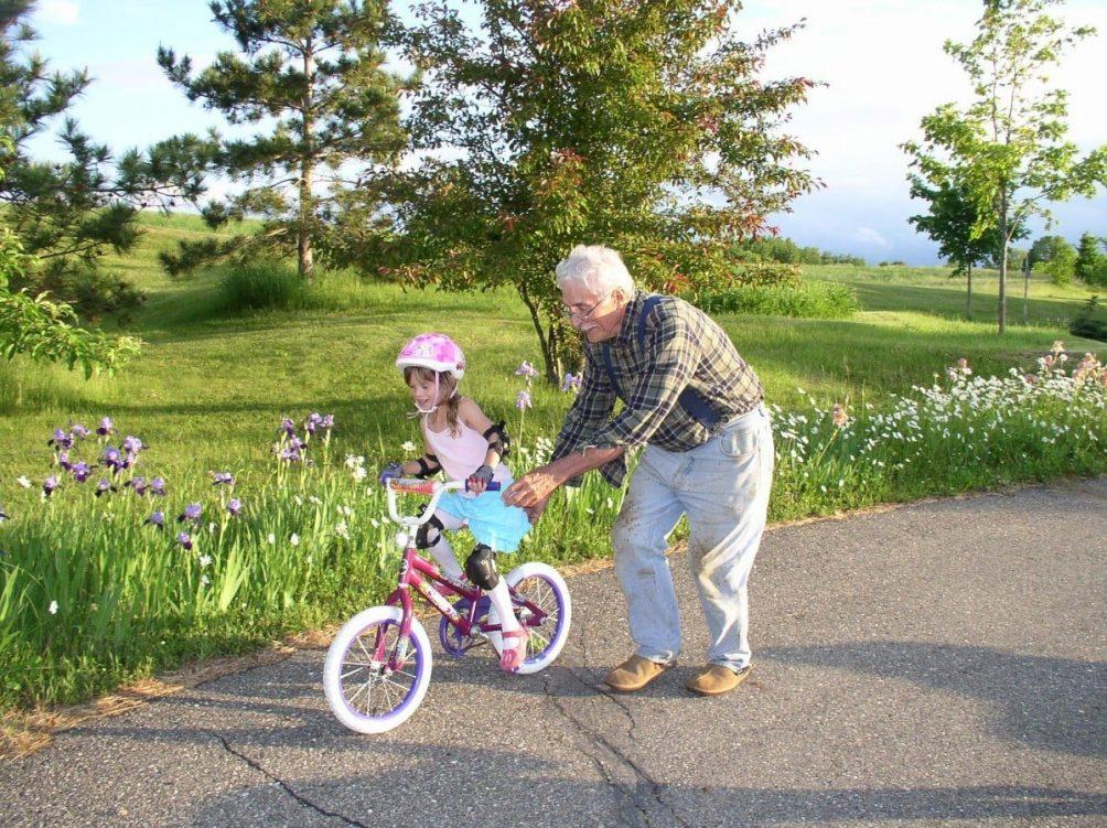digitale Interaktion Großeltern Enkelkinder