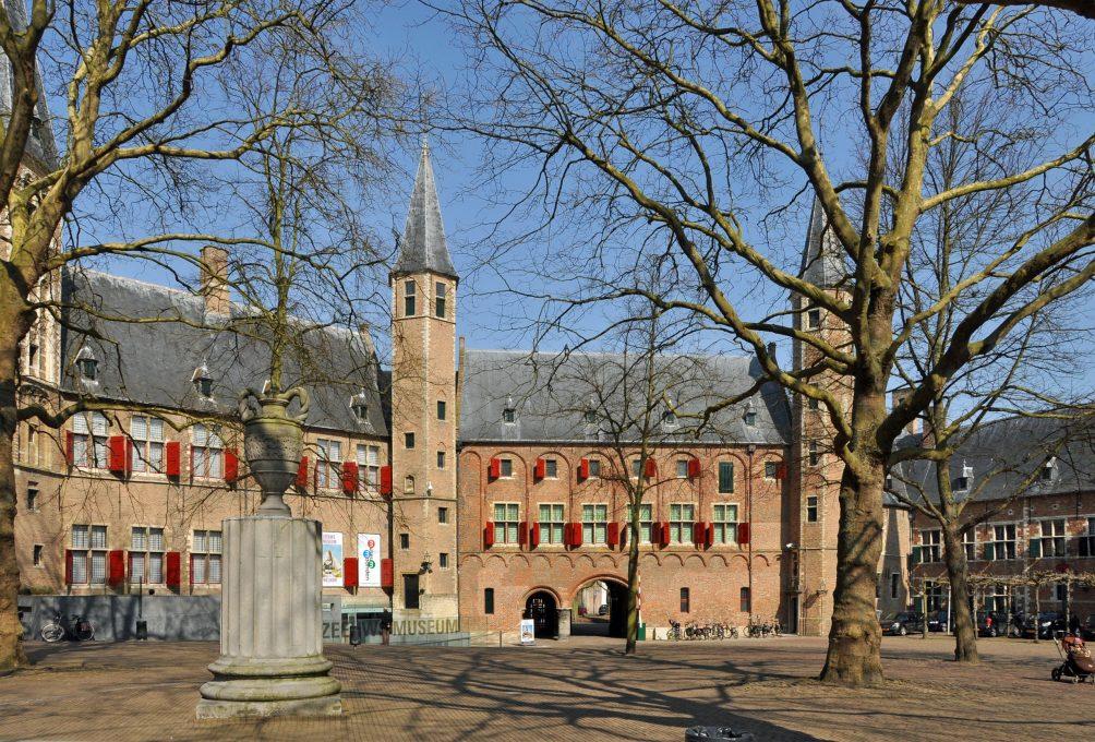 De voormalige abdij Middelburg