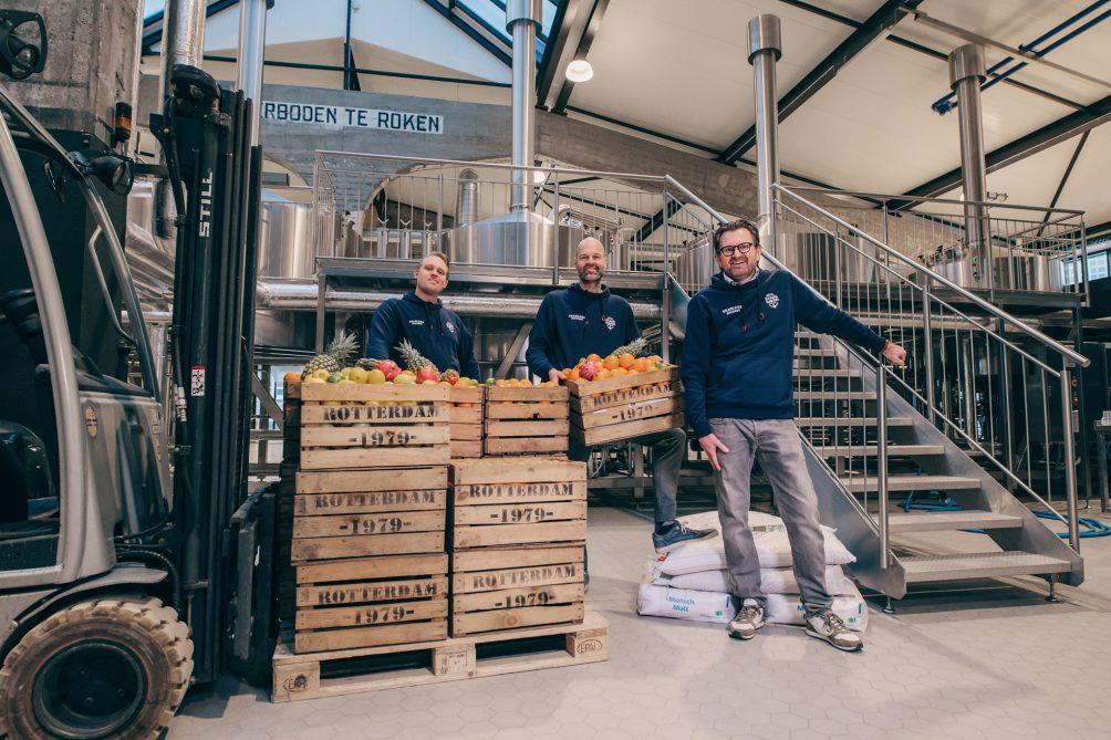 Stadshaven Brouwerij met fruit dat wordt gebruikt voor brouwen