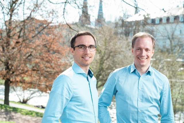Dr. Max Gulde (R) and Marius Bierdel developed the satellite-based technology that can measure when plants need water © Alex Dietrich